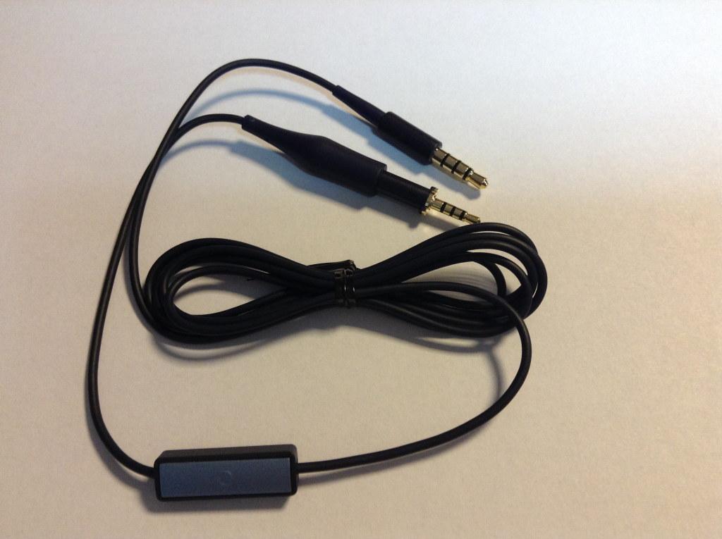Więcej o AKG kabel z mikrofonem do K450 K451 K452 Q460