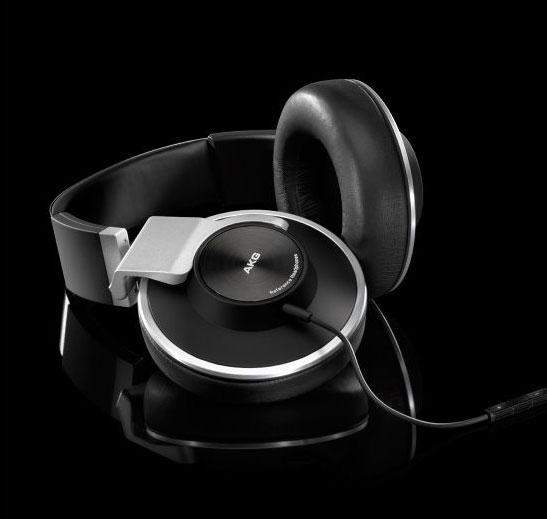 Powieksz do pelnego rozmiaru AKG K 551, AKG K551, AKGK551, AKGK-551, AKG K-551, słuchawki hi-fi, słuchawki domowe, słuchawki przenośne, słuchawki do MP3, słuchawki do odtwarzacza MP3, słuchawki do odtwarzaczy MP3 słuchawki do iPod, słuchawki do iPad, słuchawki do iPhone, słuchawki z mikrofonem, słuchawki z pałąkiem, słuchawki nagłowne, słuchawki nauszne, słuchawki zamknięte, słuchawki składane, słuchawki z kablem jednostronnym
