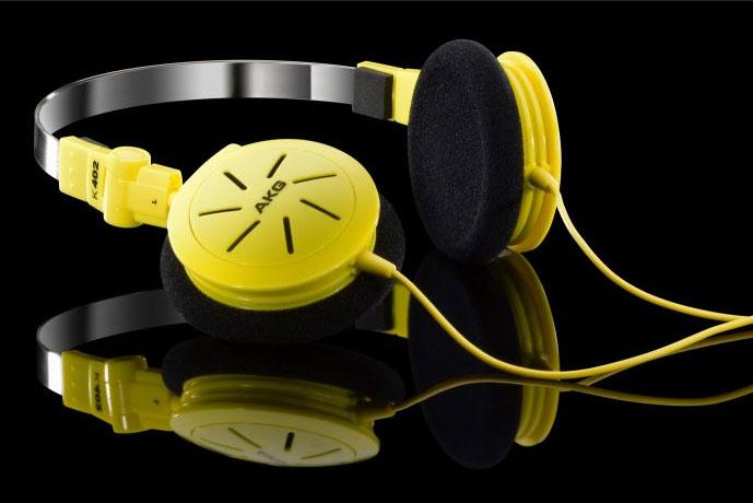 Powieksz do pelnego rozmiaru AKG K 402, AKG K402, AKGK402, AKGK-402, AKG K-402, słuchawki przenośne, słuchawki do iPod, słuchawki do iPad, słuchawki do iPhone,  słuchawki do MP3, słuchawki do odtwarzacza MP3, słuchawki do odtwarzaczy MP3, słuchawki półotwarte, słuchawki z pałąkiem, słuchawki nagłowne, słuchawki nauszne, słuchawki składane, słuchawki podróżne