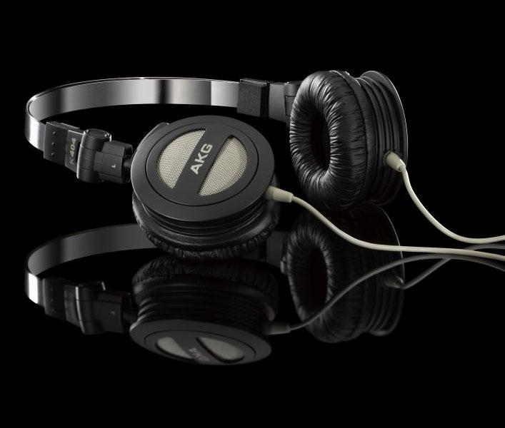 Powieksz do pelnego rozmiaru AKG K 404, AKG K404, AKGK404, AKGK-404, AKG K-404, słuchawki przenośne, słuchawki do iPod, słuchawki do iPad, słuchawki do iPhone,  słuchawki do MP3, słuchawki do odtwarzacza MP3, słuchawki do odtwarzaczy MP3, słuchawki półotwarte, słuchawki z pałąkiem, słuchawki nagłowne, słuchawki nauszne, słuchawki podróżne, słuchawki składane