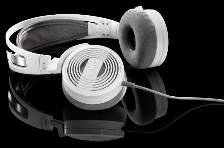Powieksz do pelnego rozmiaru AKG K 520, AKG K520, AKGK520, AKGK-520, AKG K-520, słuchawki hi-fi, słuchawki domowe, słuchawki przenośne, słuchawki do MP3, słuchawki do odtwarzacza MP3, słuchawki do odtwarzaczy MP3 słuchawki do iPod, słuchawki do iPad, słuchawki do iPhone,  słuchawki z pałąkiem, słuchawki nagłowne, słuchawki nauszne, słuchawki półotwarte, słuchawki składane, słuchawki podróżne, słuchawki z kablem jednostronnym