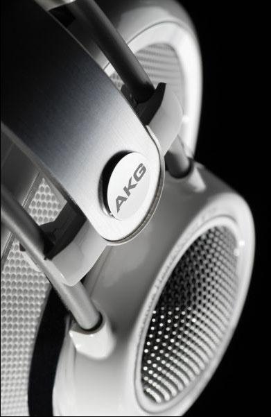 Powieksz do pelnego rozmiaru AKG K 701, AKG K701, AKG K-701, słuchawki hi-fi, słuchawki domowe, słuchawki hi-end, słuchawki z pałąkiem, słuchawki nagłowne, słuchawki wokółuszne, słuchawki otwarte, słuchawki z kablem jednostronnym,